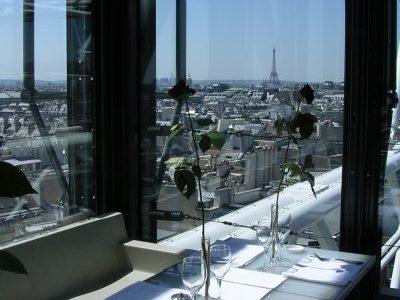 Le restaurant Georges (groupe Costes) du Centre Pompidou est occupé par les travailleurs sans-papiers grévistes